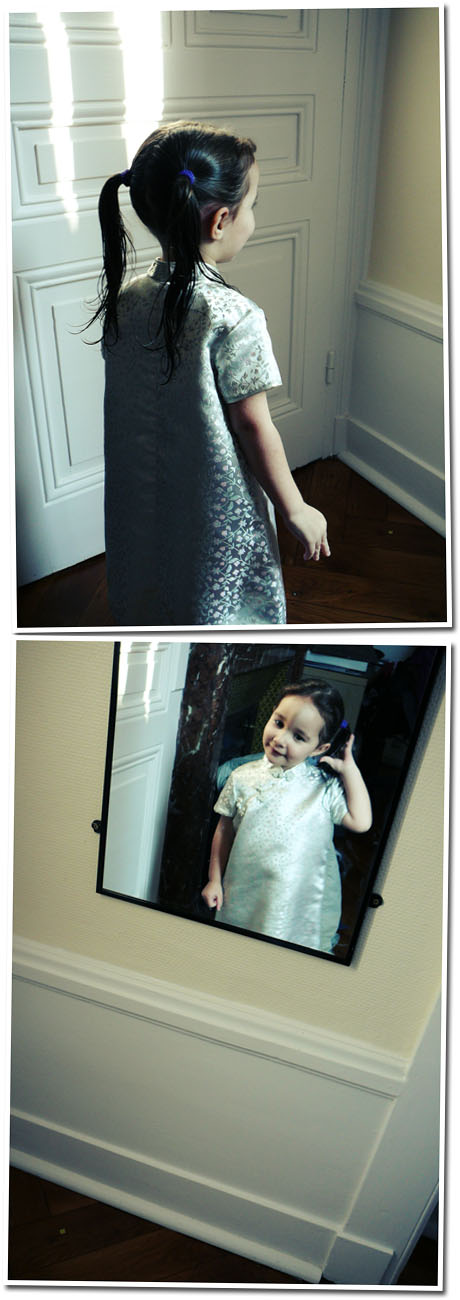 Luna en robe chinoise