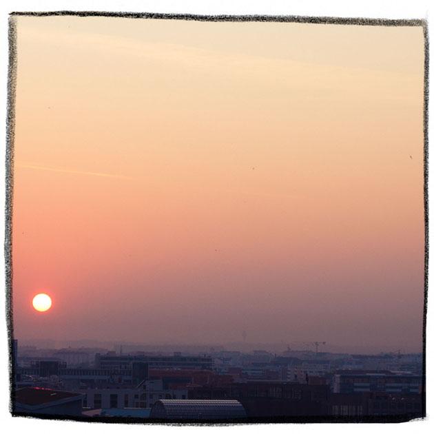 http://www.lautreatelier.fr/images/blogomercredi/sunsetmatin.jpg